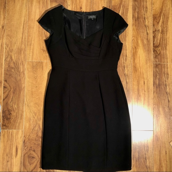 Tahari Dresses & Skirts - Tahari Arthur S Levine Cap Sleeve Dress Black 6P